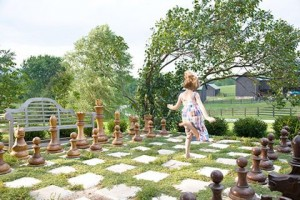 Traditional-Home-giant-chess-set