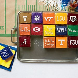 cake-icing-colors-tailgate-m