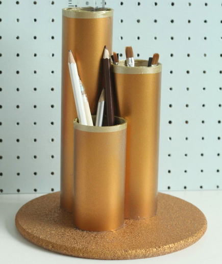 claireabellmakes-metallic-pencil-holder