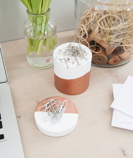 magnetic-desk-accessories