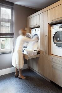 raised-laundry-machines_031016_02